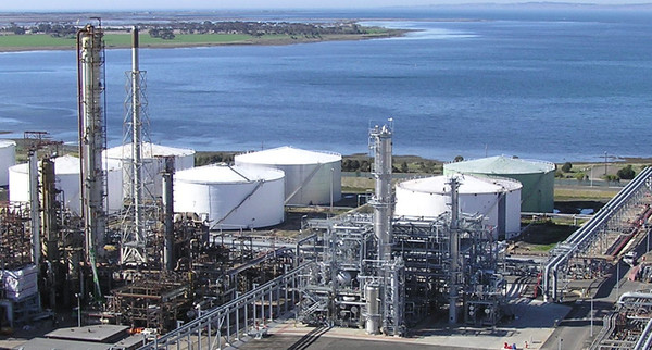Closure Threatens 700 Refinery Jobs Geelong Independent